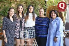 A  Wendy Morfin, Xóchitl Pacheco, Laura Núñez e Itzel Valdés
