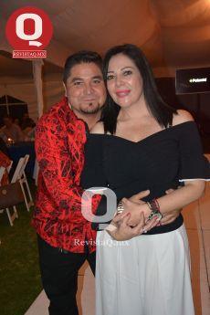 Antonio Castro junto a su esposa, Cecy Espíndola