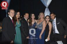 Familia Atilano Romero con Abigail Atilano, la graduada