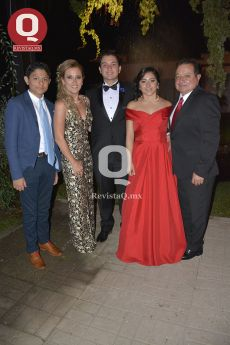 Abelardo Torres rodeado de su familia
