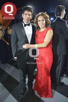 Andrés Fernández y Gaby González