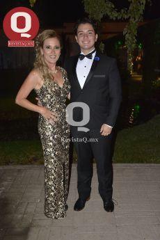 Lupita Aburto de Torres y Abelardo Torres