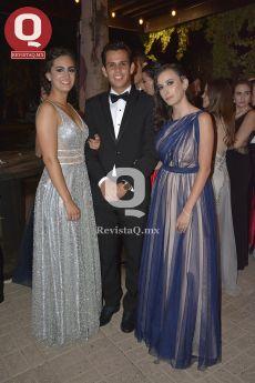 Regina Méndez, Diego Hinojosa e Isabella Carpio