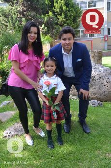 Arely Osorio, Tomás Brito y Larissa Brito