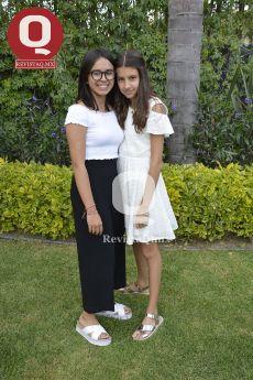 Isabella Mendoza con María Andrea Aranda
