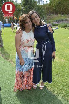 Miss Sofía Ponce con Jessica Ruiz