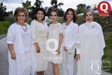 Helen Anaya, Liz Vargas, Marta Sahagún y Martha Nieto de Zúñiga