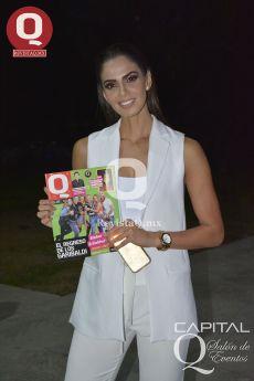 La modelo leonesa Mariana Berumen con la Revista Q