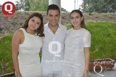 Mariana Camarena, Arturo Buck y Tabata Hanson
