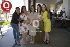 Aure Becerra, Karla Morales, Farah Márquez, Karla Romo y Tania Loza