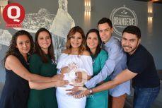 Samantha Azua, Marcela Azua, Zaira Sánchez, Leslie Sánchez, Gibrán Sánchez y Abner Sánchez
