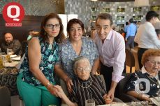 Lourdes Zúñiga, Cuquis Zúñiga, Gerardo Zúñiga y Lourdes González
