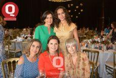 Susana Plascencia, Bárbara Cortés, Elia Uribe, Lupita Sánchez y Marilú Yerena