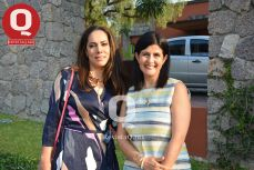 Mariana Rodríguez con María Elena García