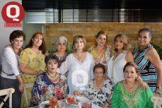 Aida Flores, Yose Garrido, Lupita Calderón, Mary Cruz Castillo, Carmen Córdoba y Evangelina Vega