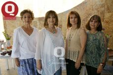 Ana Esthela Vázquez, Rosa Laura Vázquez, Georgina Vázquez y Adriana Vázquez