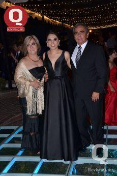 Andrea Anaya, Andrea López y Carlos López