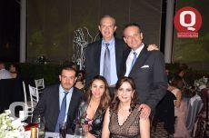 Miguel Torres, Mauricio Martínez, Luis Miguel Martínez, Verónica Becerra y Verónica Torres
