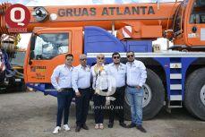 Miguel Valencia, el Ing. Enrique Valencia, Nilda Rosales, Jorge Valencia y Enrique Valencia