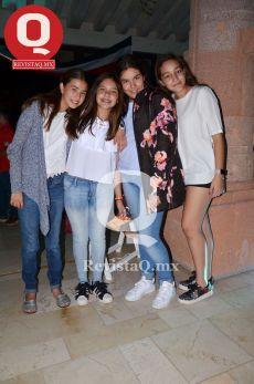 María Elisa Santos, Natalia González, Gabriela Ábrego y Sofía Ramírez