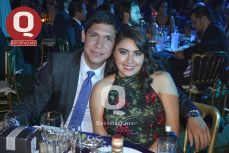 Hugo Gómez con Joanneht Torres