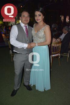 José Alonso Ornelas con Alejandra Salmerón
