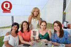 Maricela Aranda, Borre Beta de Orozco, Cristina Santamaría, Mary Villalobos y Luly Martínez