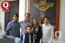 Diego Morales, Mario Morales, Cecilia Treviño, Mario Morales y Emilio Morales