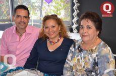 Efraín Loza, Graciela Gutiérrez y Raquel Pérez