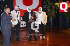 Gerardo Aguirre junto al Hijo de Máscara Sagrada, Máscara Sagrada y Máscara Sagrada Jr.