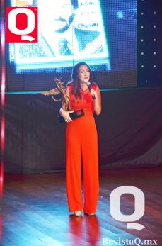 La actriz Nora Salinas fue galardonada durante la noche
