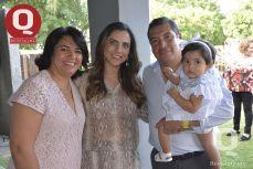 Laura Contreras, Claudia González, Roberto López y Claudia López