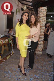 Estefanía Rocha con Marisol Padilla