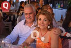 Alejandro Márquez con Juanita Alvizo