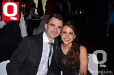 Óscar Nova y Gabriela Vela