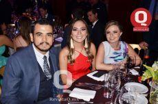 Roberto Castañeda, Fernanda Pedroza y Shanny Schwartz