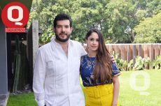 A Roberto Vallejo festejó su 36 aniversario de vida junto a Natalia Moreno