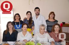 Roberto Vallejo en familia