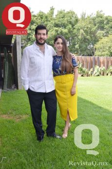 Roberto Vallejo junto a su esposa Natalia Moreno