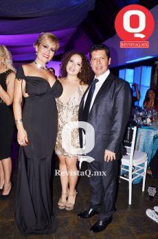 Fabiola Lira, Valeria Osorio y Eduardo Osorio