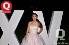 Radiante lució Karla Lira González en sus XV años