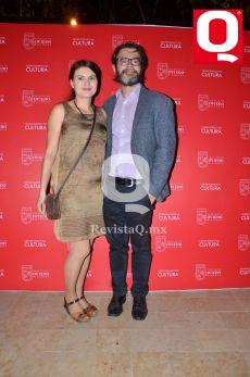 Andrea Valova y el Dr. Íñigo Ongay y de Felipe