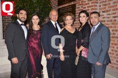 Luis Venegas, Lucía Serra, Dr. Luis Venegas, Ana Esthela Vázquez, Ana Venegas y Romualdo Mata