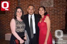 Olga González, C.P. Juan Antonio Becerra y María Pamela Becerra