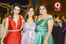 Andrea Falcón, Liliana Falcón y Sara Santos