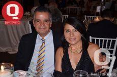 Ernesto Hernández y Karla Artola de Hernández
