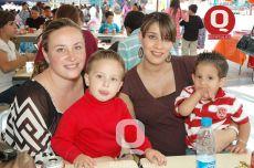 Viviana Padilla, Patridio Martin del Campo, Lesli Alvarado y Diego Vera