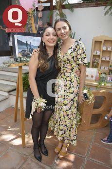 Bibiana Aguirre con Úrsula Fernández