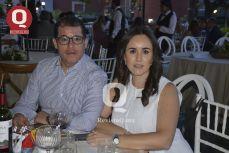 Hugo Jiménez y Jacqueline Muñoz