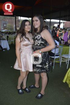 Isabella González con Melissa Márquez